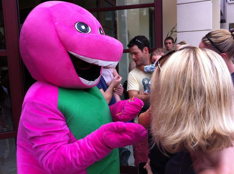KIDS PARTY MASCOT BARNEY