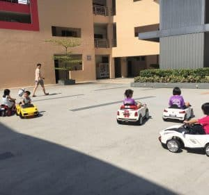 kiddy ride machine singapore 300x281